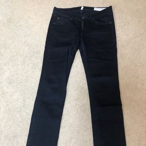 Black Rag & Bone Capri Jeans